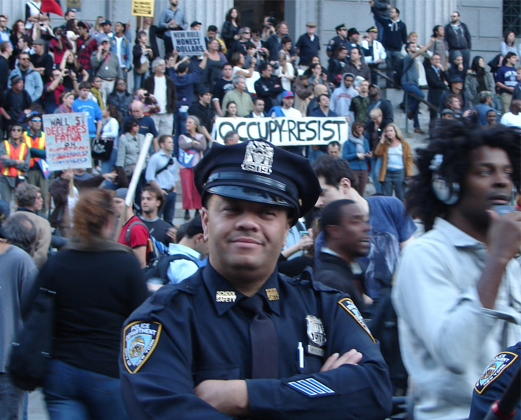 the occupy wall street movement Occupy together #occupytogether was an independent group of activists working to help people learn how to get involved in the #occupy movement.